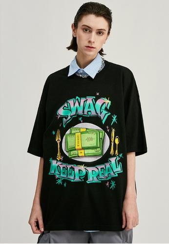 Twenty Eight Shoes Oversize Printed T-Shirts 1161S20 BD1D5AA214D2A8GS_1