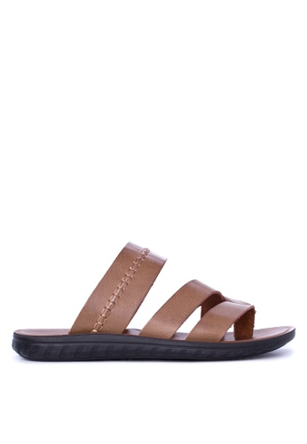 Italianos brown Byron Sandals & Flip Flops IT153SH89GDEPH_1