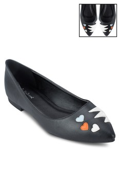 Explosive Hearts Pointed Flats