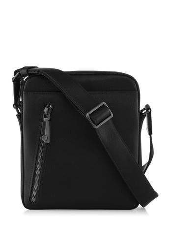 Braun Buffel black Morrison Postman Bag 6779CACC6B6AA9GS_1
