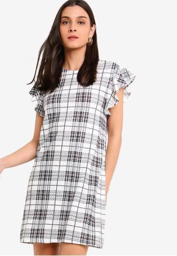 ZALORA 黑色 and 白色 Ruffles Sleeves Shift Dress 44172AAC83F59BGS_1