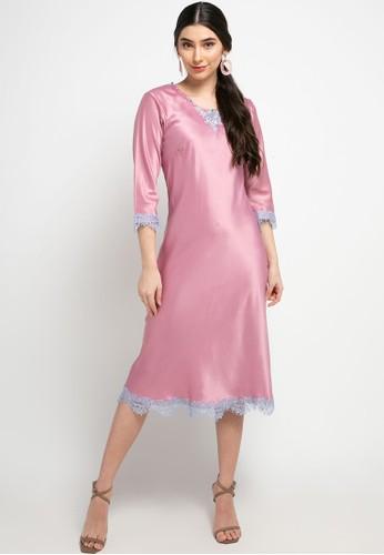 Luire by Raden Sirait pink Fm Inner Lengan Panjang Midi Sp 18887AAEB20DD8GS_1