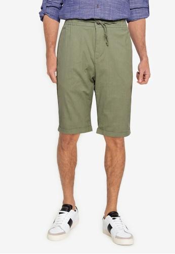LC WAIKIKI green Standard Molded Linen Looking Shorts 5E11AAAC8DE1E0GS_1