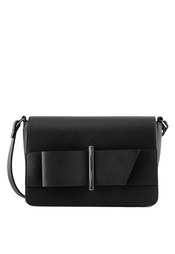 Pieces black Senada Crossbody Bag 4519FAC97BBD55GS_1