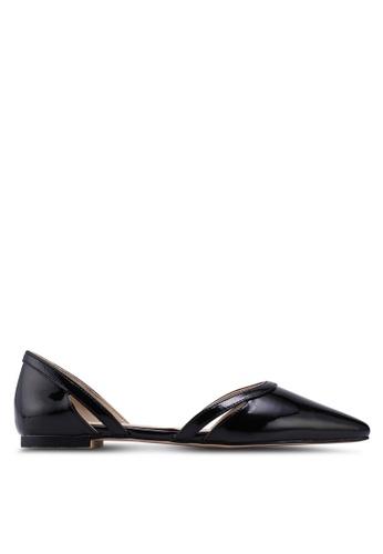ZALORA 黑色 漆皮平底鞋 43B1DSHDDDBD1CGS_1