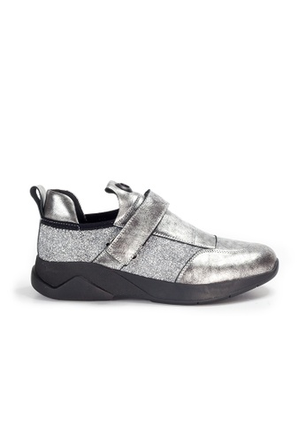 Shu Talk silver Amaztep Calf Leather Sneakers with Magic Straps 53718SHE8420C4GS_1
