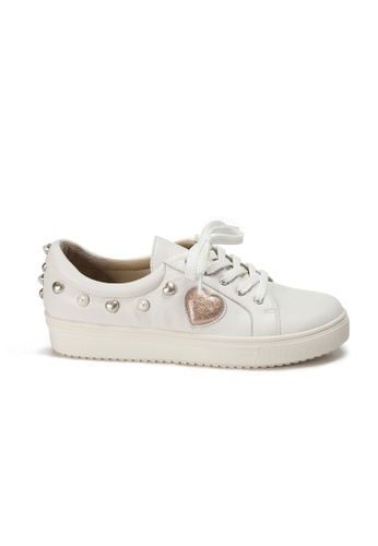 Shu Talk white LeccaLecca Leather Sneakers with Heart Pearl Charms F7EE9SH815FB96GS_1