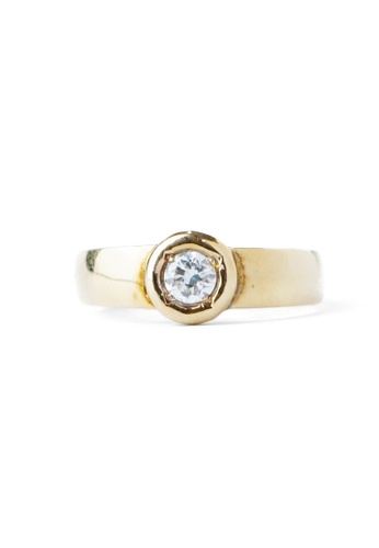 CEBUANA LHUILLIER JEWELRY gold 14 Karat Yellow Gold Lady Ring With Diamonds F302EAC2B81F1CGS_1