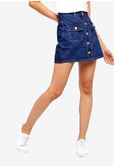 6e2642338671 ZALORA blue Pockets Detailed Denim Skirt 05BFCAA6B0727BGS_1
