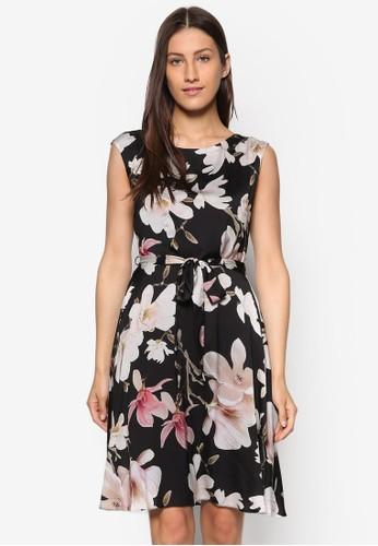 印花繫帶修身洋裝、 服飾、 洋裝Wallis印花繫帶修身洋裝最新折價