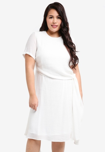 LOST INK PLUS white Plus Size Skater Dress With Knot Waist 61C5FAA04CAD91GS_1