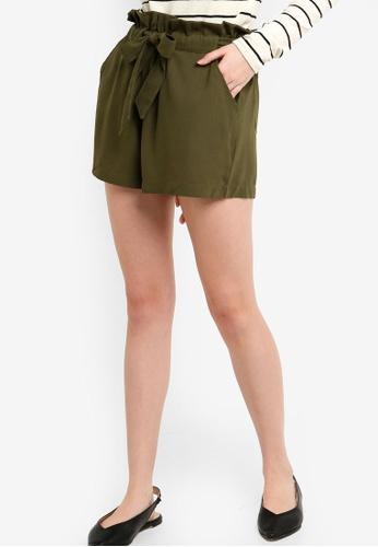 ZALORA green Paperbag Self Tie Shorts BDD3CAA45E2DCAGS_1
