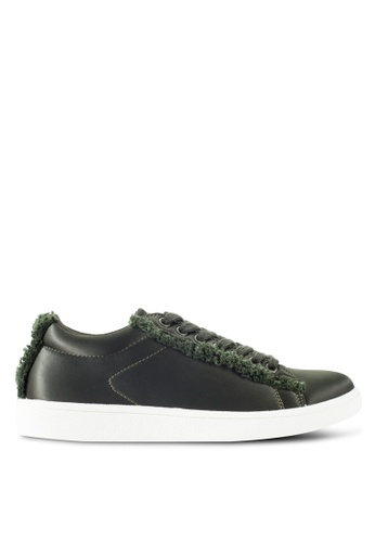 ZALORA green Sneaker with Fraying Detail 8CF6BSHFB72AA1GS_1
