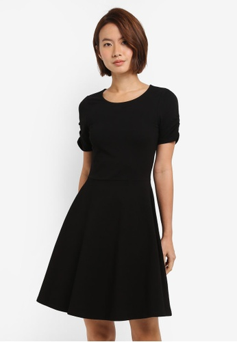 Dorothy Perkins black Black Ruche Sleeve Dress C2970AA3C96A92GS_1