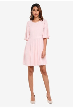 Vero Moda Amanda 2/4 Short Dress S$ 90.90 NOW S$ 76.90 Sizes XS S M L