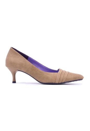 Flatss & Heelss by Rad Russel beige Pleated Front Classic Mid Heel- Beige FL655SH0GHBTSG_1