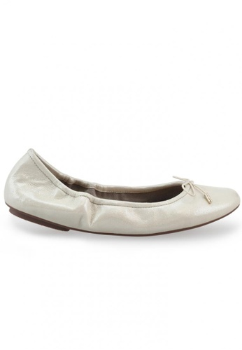 Shu Talk gold Metallic Sheepskin Suede With Ribbon Buckle Round Toe Ballet Flats SH397SH0FPINSG_1