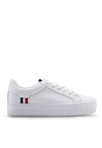 Twenty Eight Shoes 厚底簡約白色運動鞋8057 1C771SH4B150DBGS_1