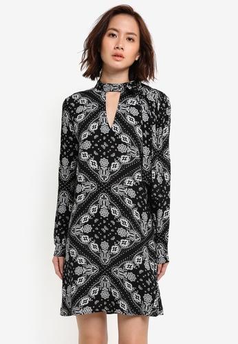 ZALORA black and multi Tie Neck Long Sleeve Shift Dress 3CA3CZZ3BF0422GS_1