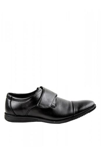 Otto black Velcro Strap Shoes DC064SHF63178DGS_1
