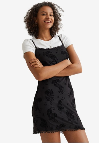 H&M black and multi Fitted Dress 9A5E7AA6D739E6GS_1