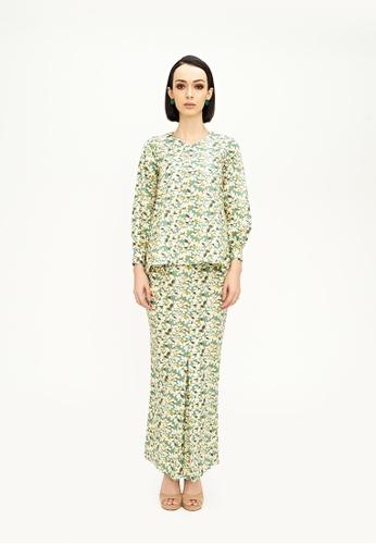 TUSCA green Paula Kurung Kedah 984AAAA53A2F28GS_1