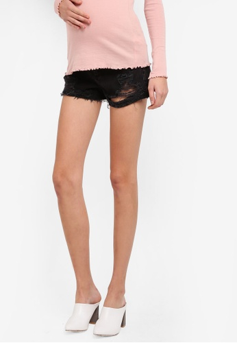 TOPSHOP black Maternity Ripped Mom Shorts TO412AA0SRSMMY_1