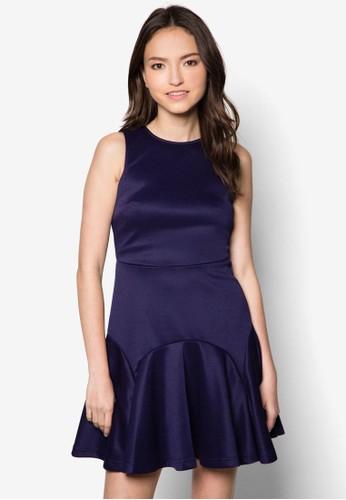 Sharon 削背傘擺zalora taiwan 時尚購物網洋裝, 服飾, 洋裝