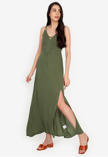 ZALORA BASICS 綠色 Deep V Maxi Dress with Slit 60ED0AA0564FE3GS_1