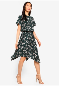 35462166e5cf 20% OFF ZALORA Handkerchief Hem Fit And Flare Dress RM 105.00 NOW RM 83.90  Sizes XS S M L