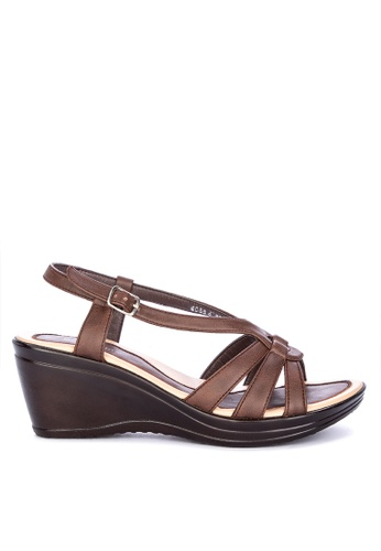 BANDOLINO brown Stella Ankle Strap Wedge Sandals F77CBSH658603DGS_1