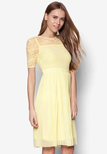 蕾絲拼肩七分袖連身裙, 服zalora鞋飾, 洋裝