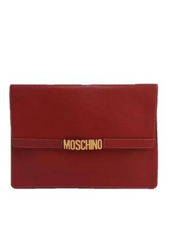 Moschino red MOSCHINO LOGO CLUTCH 93E50AC5E8C8A9GS_1