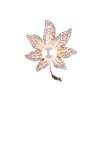 Glamorousky white Fashion and Elegant Plated Gold Hollow Maple Leaf Imitation Pearl Brooch with Cubic Zirconia BEF39ACE78E843GS_1
