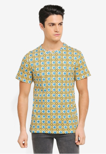 ZALORA yellow and blue and multi All Over Tessellation Print Tee 3A0A8AA2AF3A4AGS_1