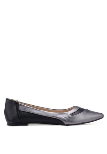 ZALORA 黑色 and 多色 Contrast Colour Pointed Toe Ballerinas BE083SH36C79C2GS_1