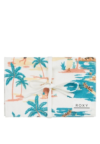Roxy white Palm Tree Life Beach Travel Bag 3BEB2AC977D97AGS_1