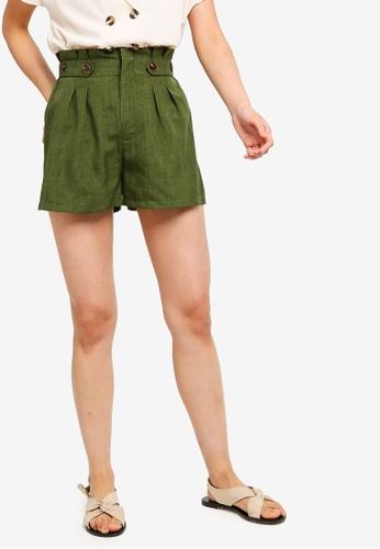 ZALORA BASICS green Basic Button Waist Shorts D9E8AAA2D1C400GS_1