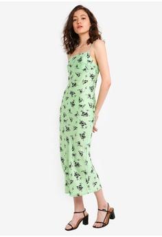 6af338b1025 TOPSHOP Apple Satin Bias Slip Dress S  89.90. Sizes 6 8 10 12
