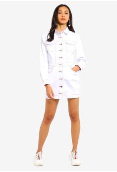 66ff5cb2fc3 40% OFF MISSGUIDED Petite Button Contrast Stitch Denim Dress HK  469.00 NOW  HK  280.90 Sizes 6 8 10 12 14