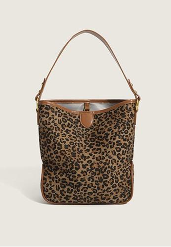 Lara brown Women's Leopard Printed Shoulder Bag Cross-body Bag - Light Brown 881E6AC9FC6C46GS_1