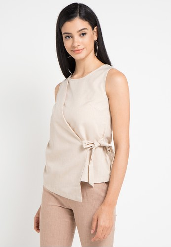 WHITEMODE beige Kaydence Blouses 70AC0AA87F1A09GS_1