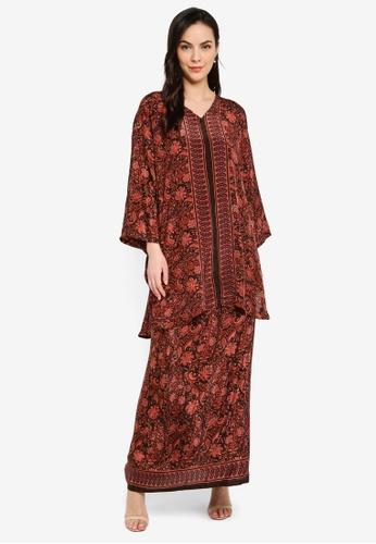 Seleksi Akma red Caftan Silk Set Long 04 1B345AA59C385AGS_1