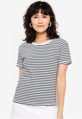Urban Revivo white Stripe Short Sleeve T-Shirt 503A0AA5F10C3FGS_1