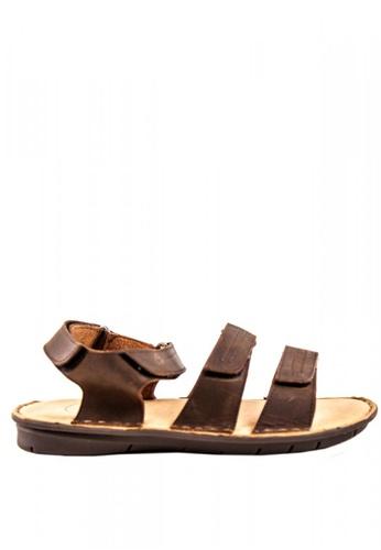 Otto brown Velcro Strap Roman Sandals DE26ESHF1A41D0GS_1