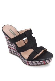 Graphic Strappy Slip-On Wedges