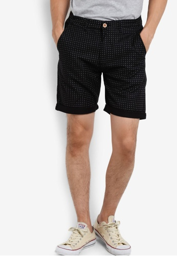 threads by the produce black Printed Shorts TH122AA36XLJMY_1