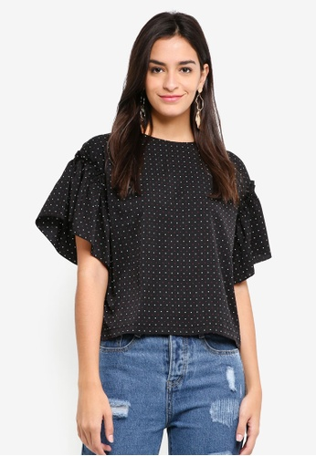 ZALORA black Oversized Ruffle Sleeve Top 36030AA80DC577GS_1