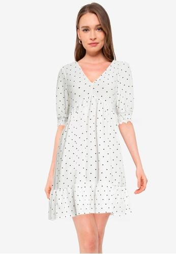 Miss Selfridge white Printed V Neck Smock Dress 5E57BAA94C5605GS_1