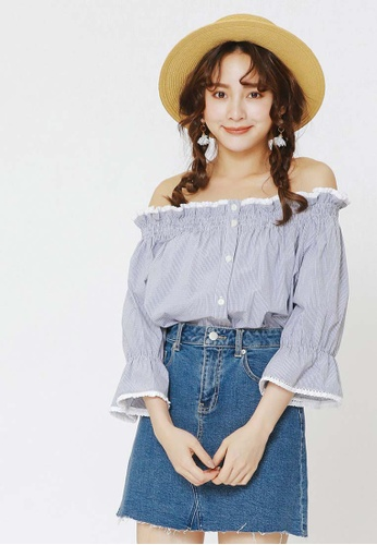 6cb96d8342ab34 Buy H CONNECT Off Shoulder Checkered Top